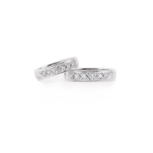 zlate prstene dámske