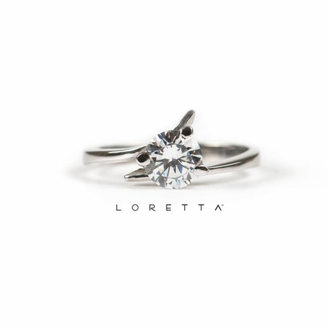 Najkrajší zásnubný prsteň  bafebc76f94